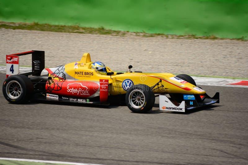Campeonato do europeu de FIA Formula 3 em Monza 2015 imagens de stock