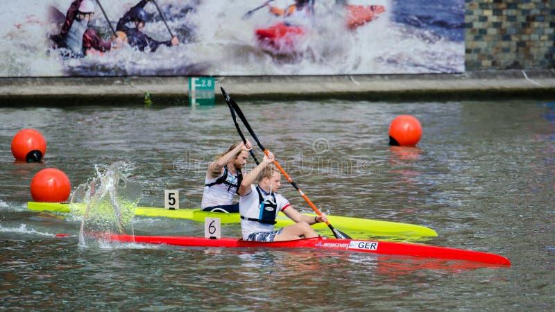 Campeonato do mundo 2017 Canoeing da maratona de China Shanghai Jingan Shaoxing foto de stock