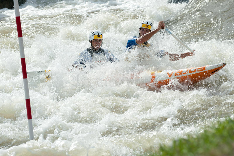 Campeonatos europeus do slalom da canoa, Cunovo (SVK) foto de stock royalty free