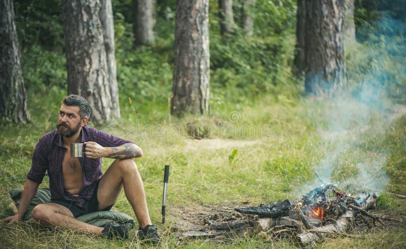 Camper, augmentant, mode de vie image libre de droits
