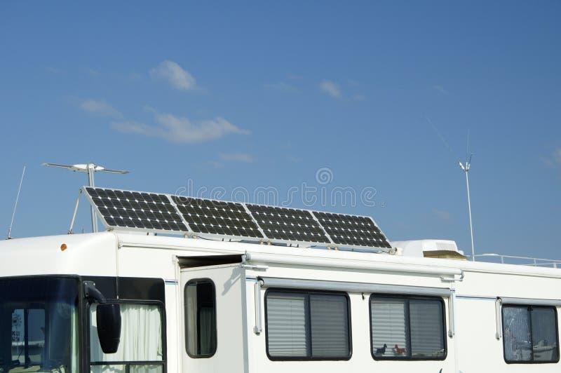 Camper avec 5 solaires photos libres de droits