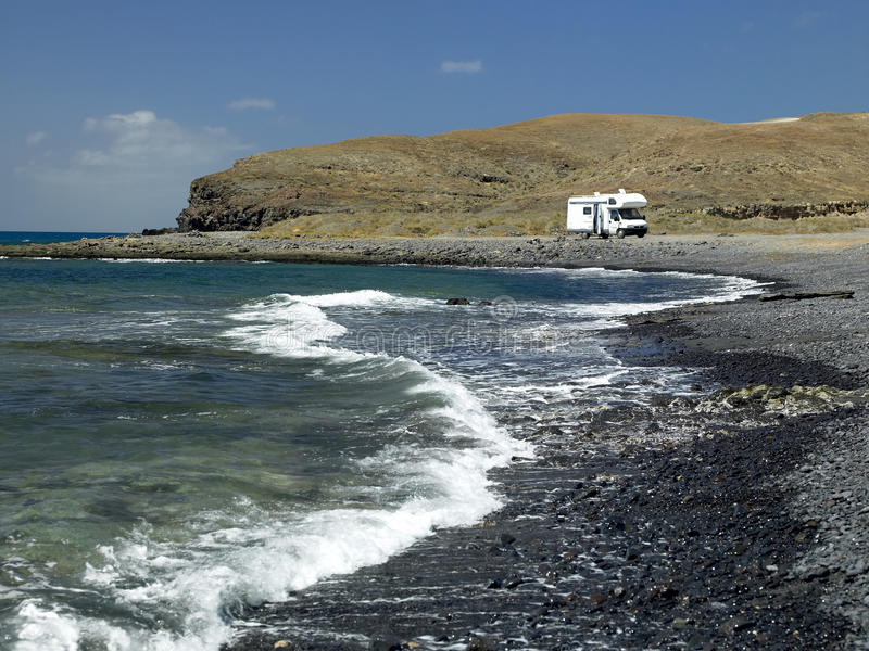 campervan黄雀色费埃特文图拉岛海岛 库存照片