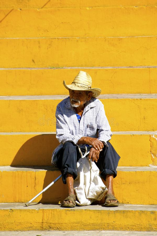 Campesino mexicano mayor foto de archivo