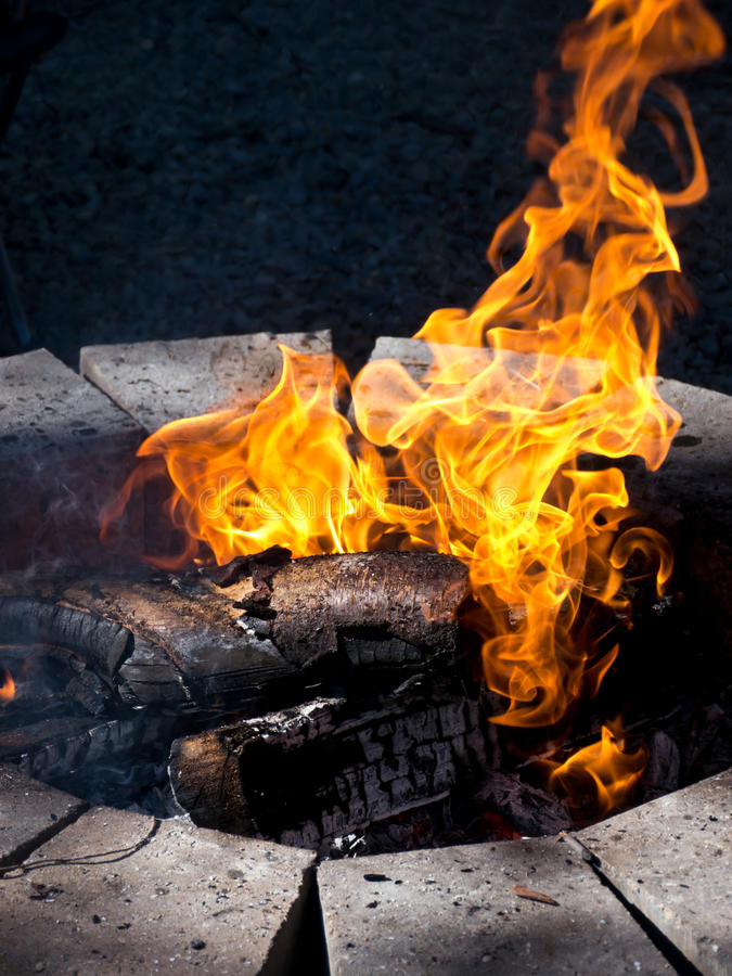 Download Campfire Stock Photo - Image: 21045150