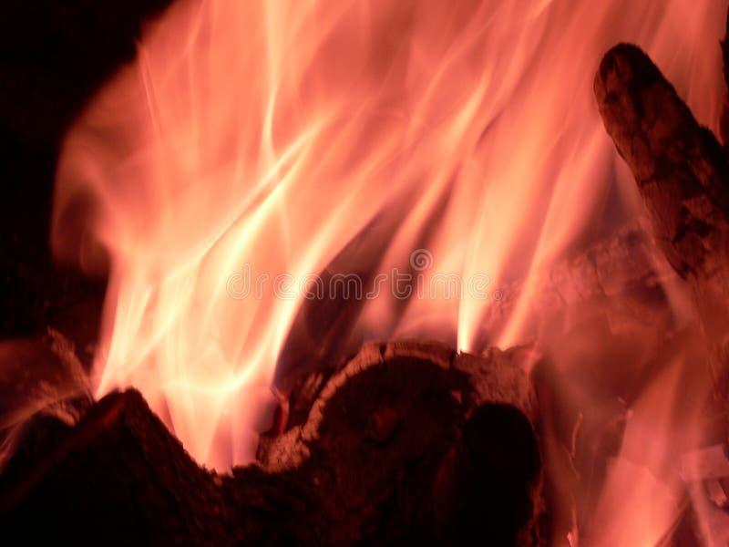 Download Campfire stock foto. Afbeelding bestaande uit vlam, rook - 54083470