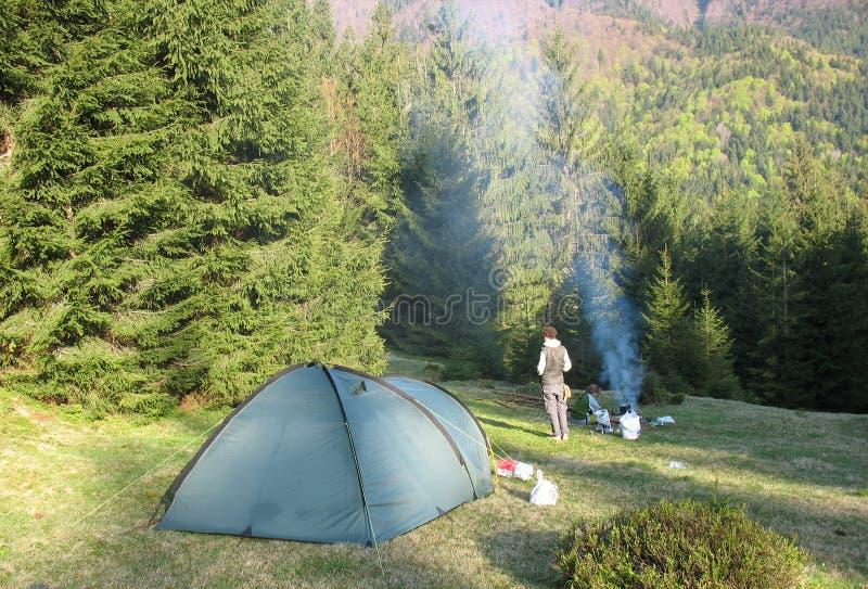 campfire stock foto's