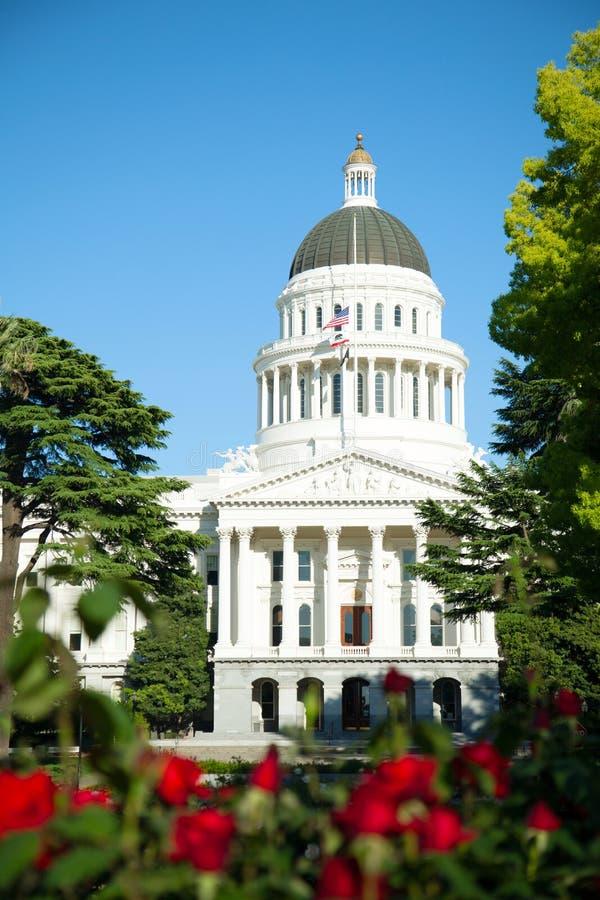 Campidoglio che costruisce a Sacramento, California fotografia stock libera da diritti