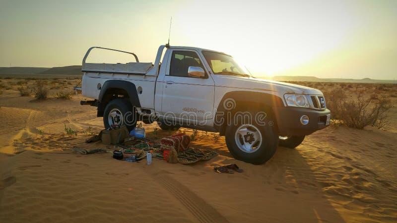 Campin в саудовских пустынях стоковое фото