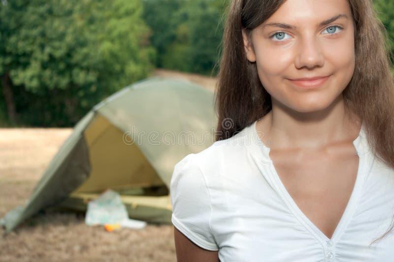 campingowa namiotowa kobieta zdjęcia royalty free