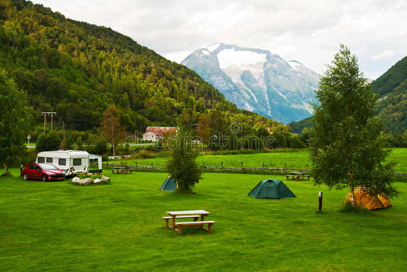 campingowe góry obrazy royalty free