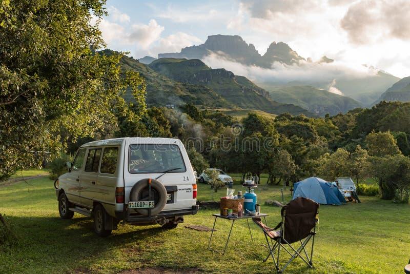 Campingowy miejsce przy michaelita Cowl w Drakensberg fotografia royalty free