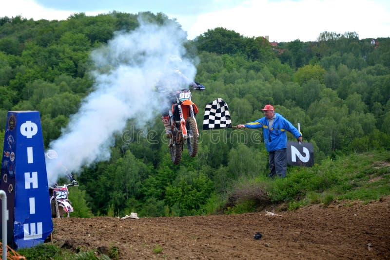 Campionato aperto 2019 di motocross di Leopoli della corsa di motocross winer fotografie stock libere da diritti