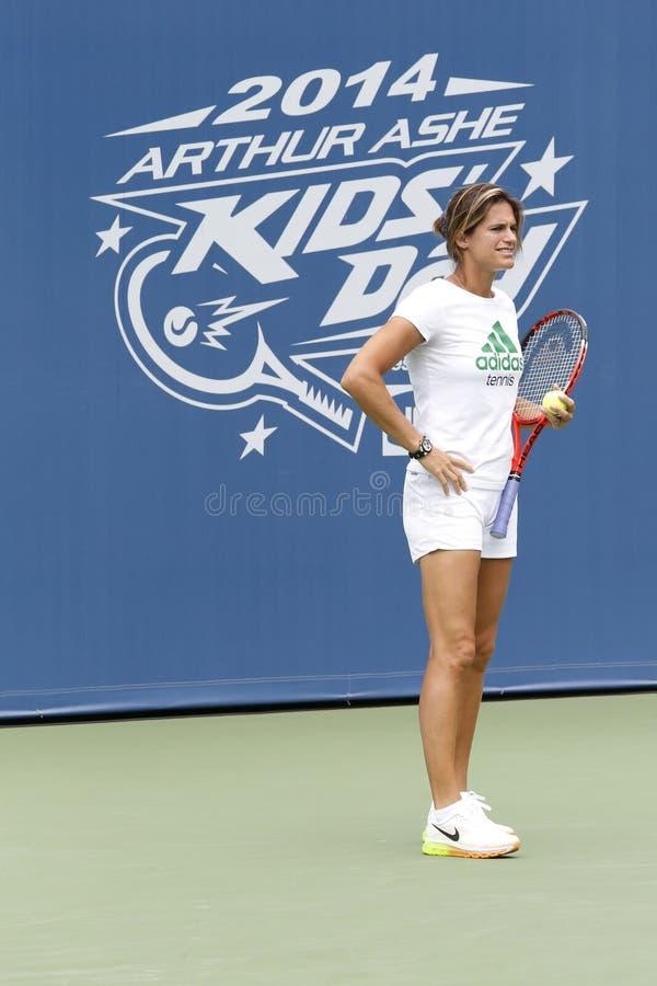 Campione del Grande Slam di due volte e vettura di tennis Amelie Mauresmo durante l'US Open 2014 fotografie stock libere da diritti