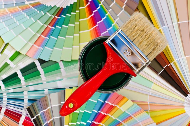 Campione verde della pittura. fotografie stock