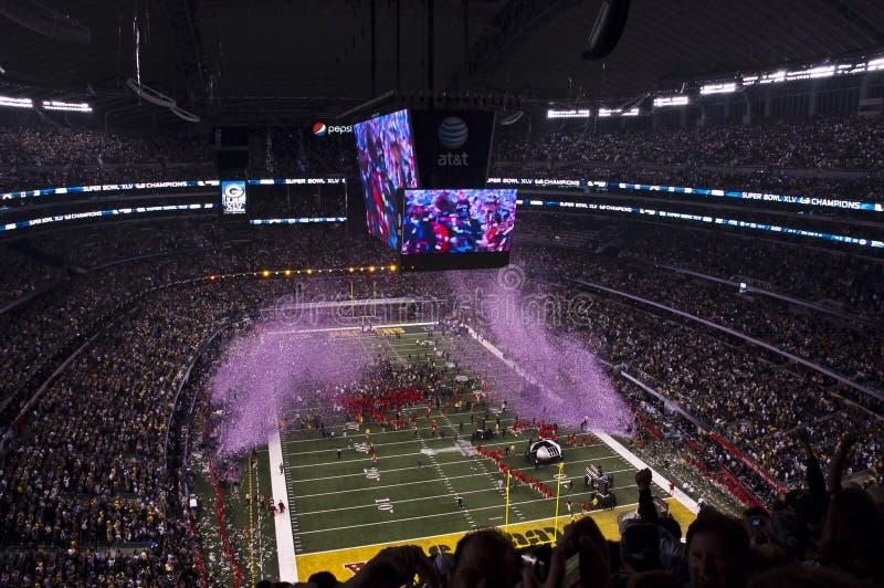 Campioni di gioco del calcio del NFL Superbowl, scoppio dei coriandoli immagine stock libera da diritti