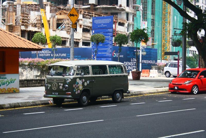 Campista Van de Volkswagen do vintage em Kuala Lumpur Malaysia foto de stock