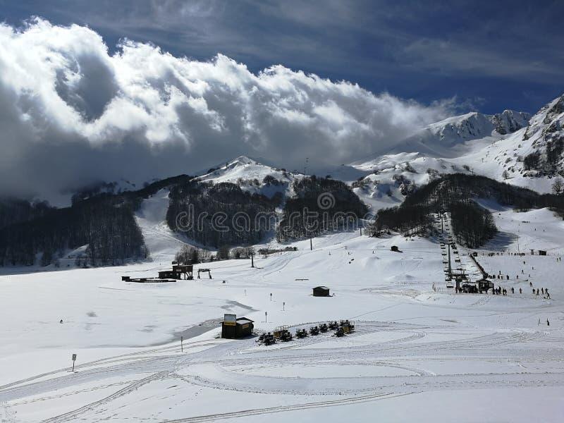 Campitello Matese - προσέγγιση σύννεφων στοκ εικόνες