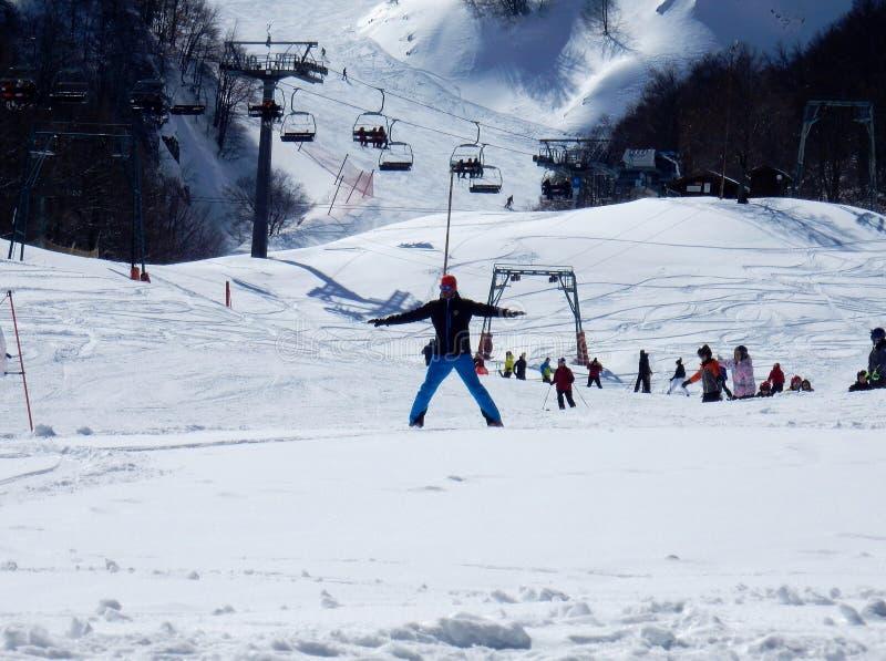 Campitello Matese - instructor en declive del esquí imágenes de archivo libres de regalías