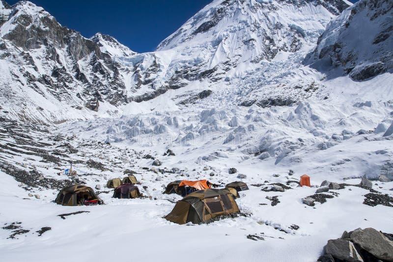 Campo bajo de Everest imagen de archivo