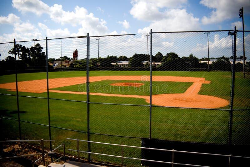 Campo de béisbol vacío fotos de archivo