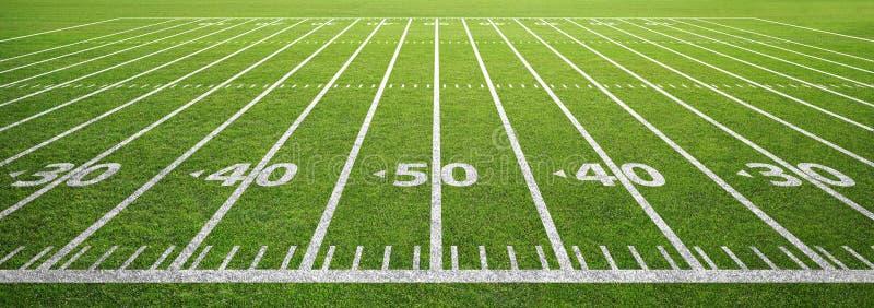 Campo de fútbol e hierba americanos fotos de archivo