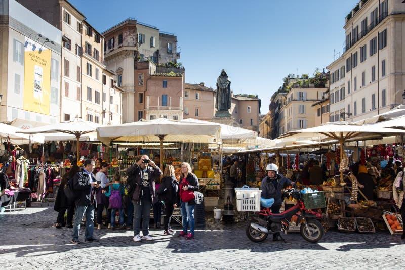 Campo de fiori marknad fotografering för bildbyråer