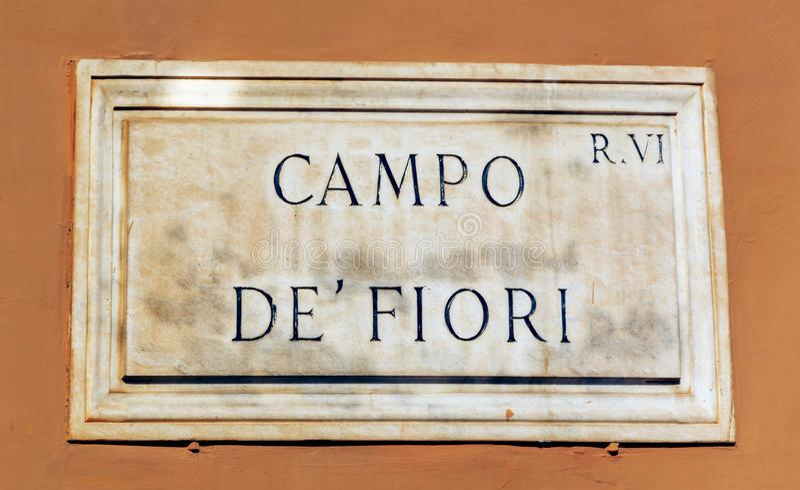 Campo de Fiori tecken av i Rome royaltyfri bild
