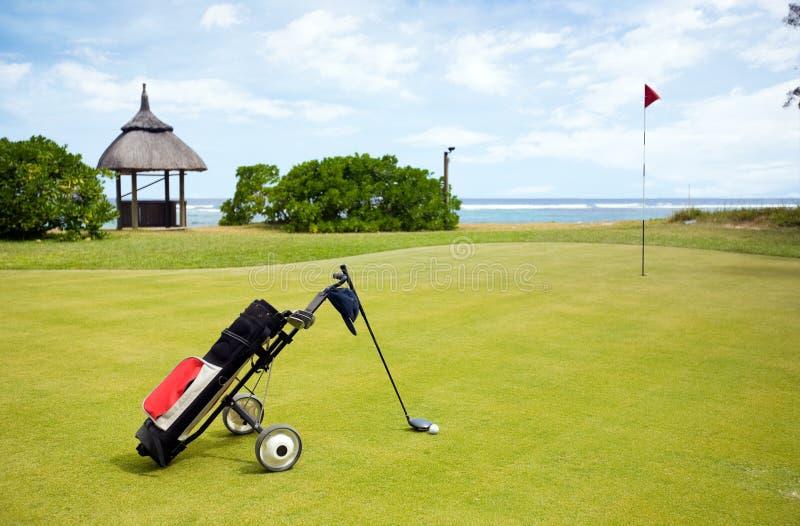 Campo de golf costero fotografía de archivo