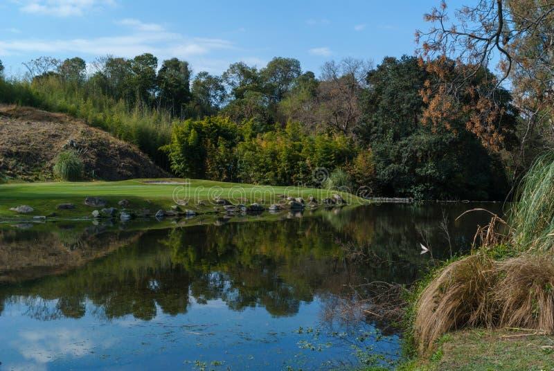 Campo de golf en Córdoba la Argentina fotografía de archivo libre de regalías