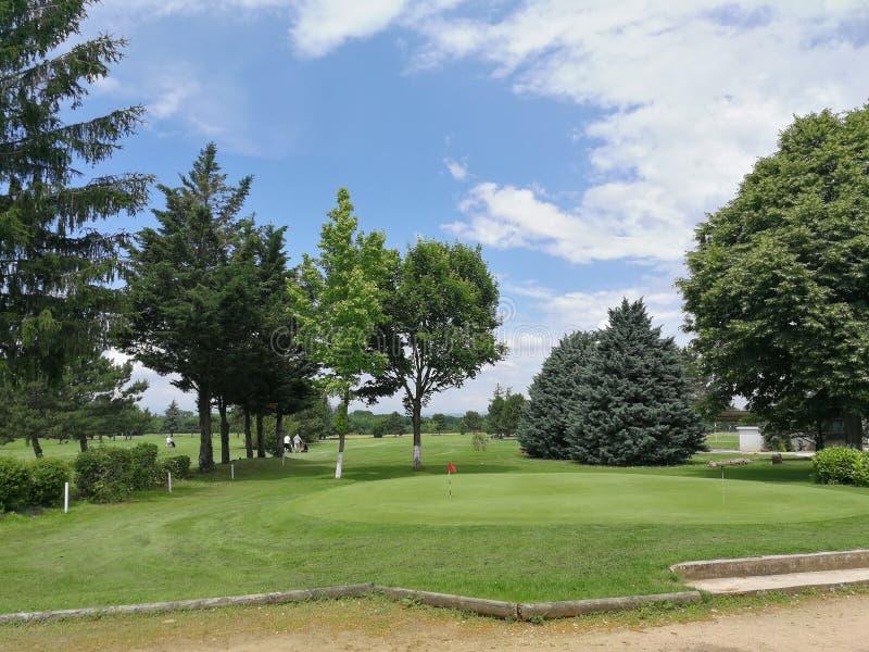 Campo de golf francés en el verano de 2018 imágenes de archivo libres de regalías
