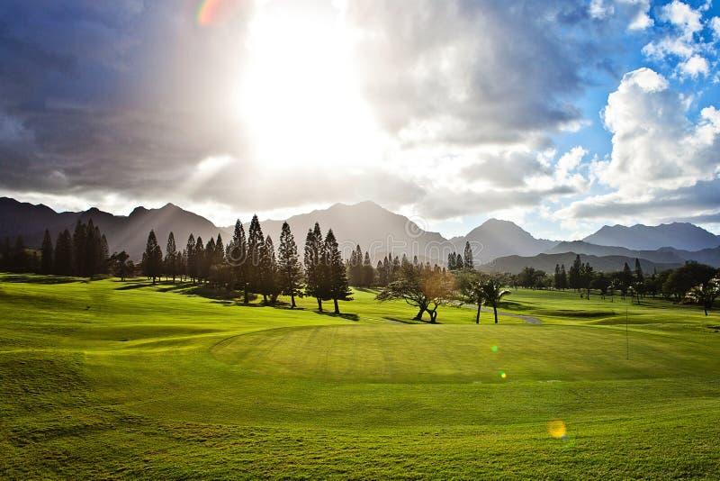 Campo de golfe em Oahu, Havaí foto de stock