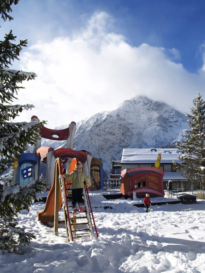 Campo de jogos da montanha alta imagem de stock royalty free