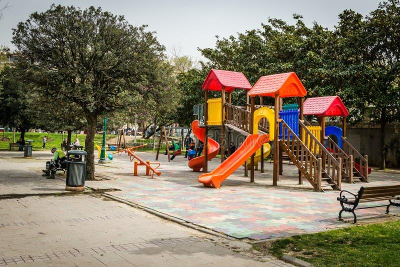 Campo de jogos no parque de Gezi em Istambul, Turquia fotografia de stock