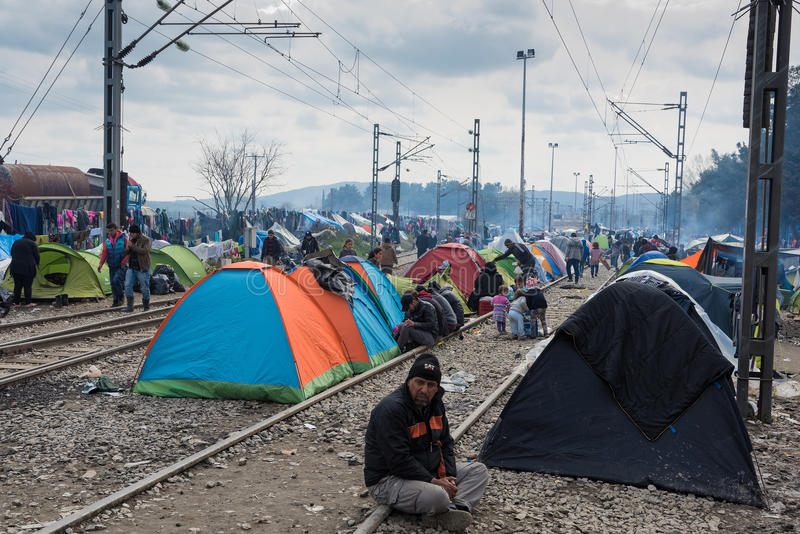 Campo de refugiados em Grécia imagens de stock royalty free