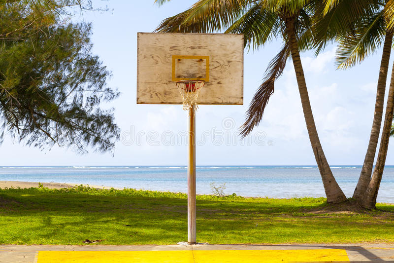 Campo del baloncesto imagenes de archivo