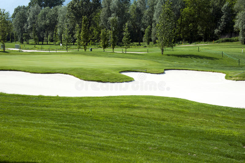 Campo del golf fotografía de archivo