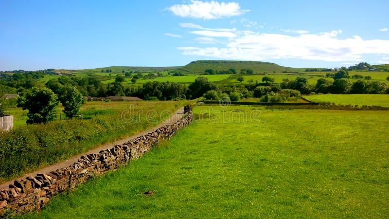 Campo del granero de Haslingden en Inglaterra fotos de archivo