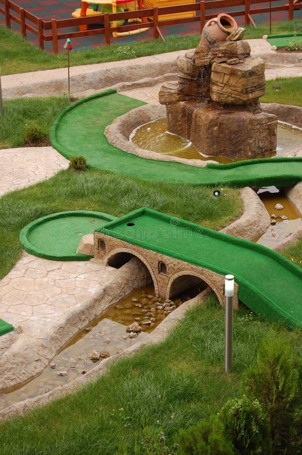 campo del Mini-golf fotos de archivo