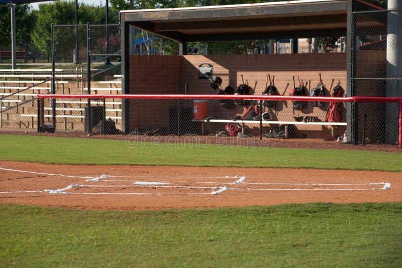 Campo di baseball e riparo fotografia stock
