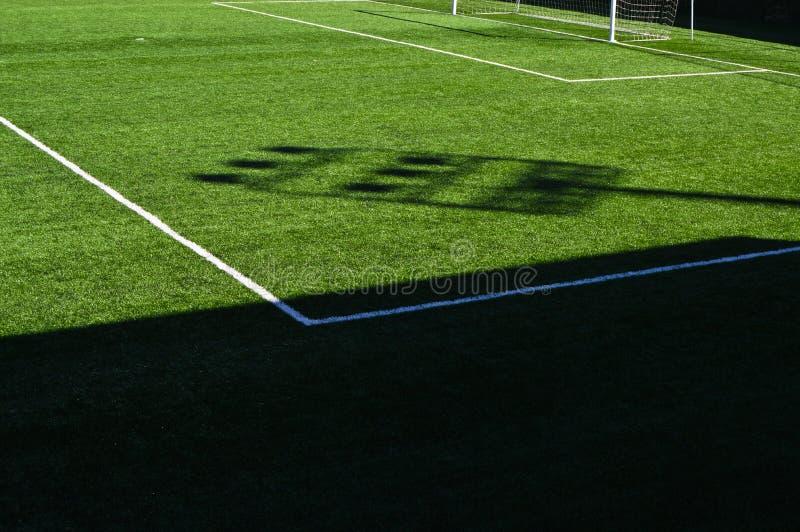 Campo e linhas de futebol fotos de stock