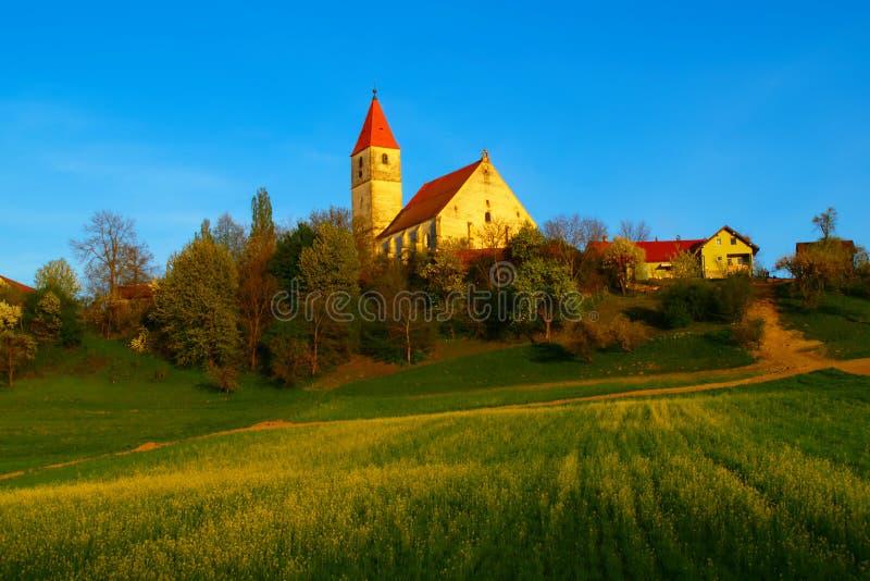 Campo esloveno en primavera imagen de archivo libre de regalías