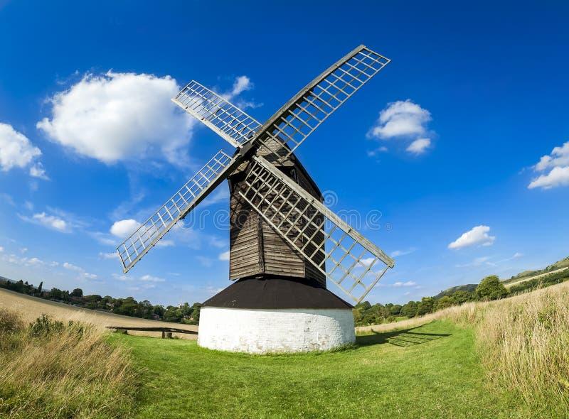 Campo hertfordshire do moinho de vento de Pitstone fotografia de stock