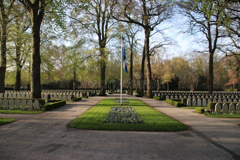 Campo militar da honra Grebbeberg onde as soldas holandesas caídas no primeiro dia da guerra mundial 2 são enterradas fotos de stock