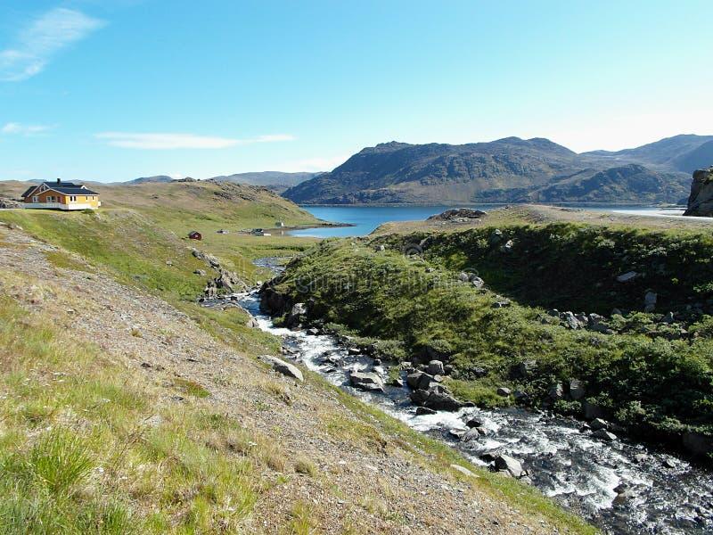Campo norueguês cênico de Honningsvag, Noruega fotos de stock royalty free