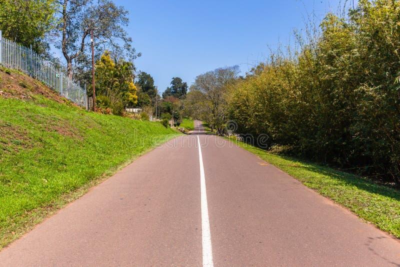 Campo residencial de la ruta escénica del camino fotos de archivo