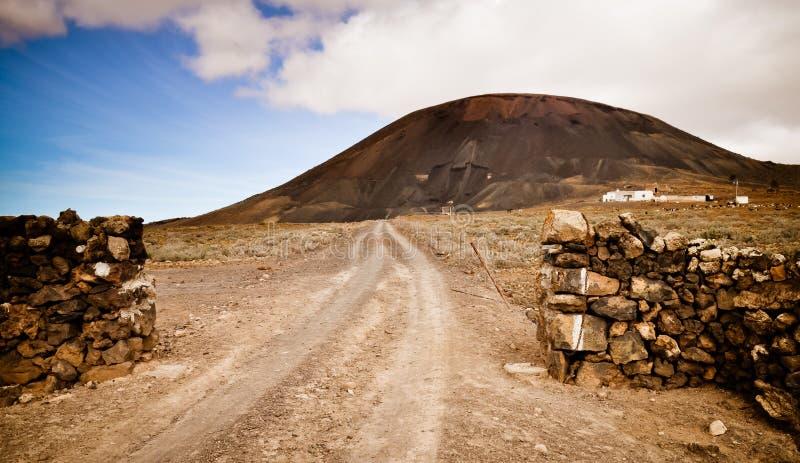 Campo a través a la mina del cielo abierto fotos de archivo