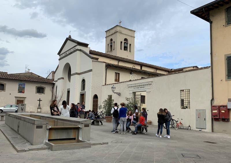 Campos Bisenzio, Toscane, Italie Centre historique de la ville, place de Giacomo Matteotti, Di Santo Stefano de Pieve image stock