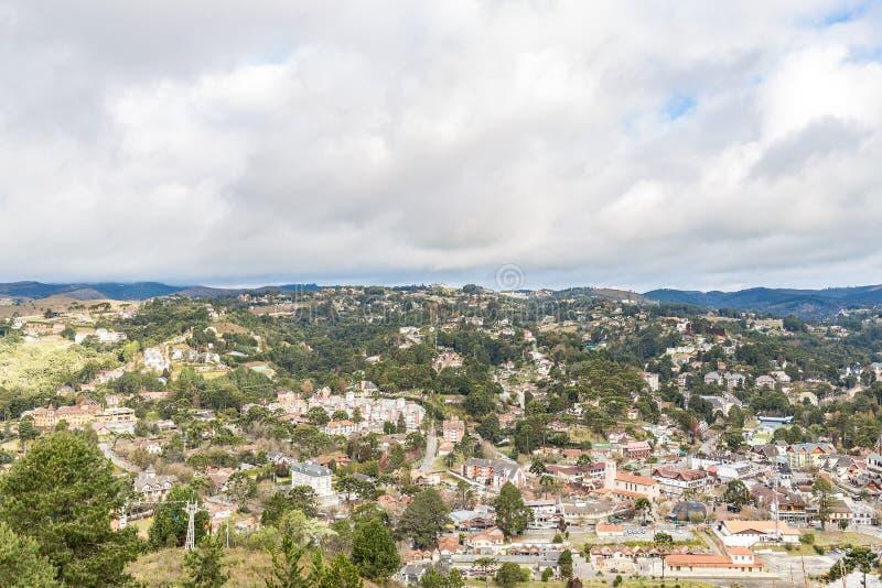 Campos fa Jordao, Brasile Vista dalla collina del ` s dell'elefante immagini stock libere da diritti