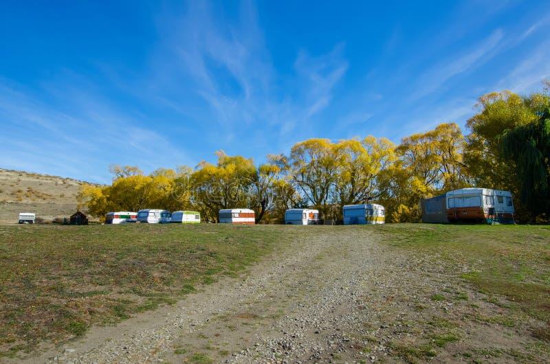 Campsite który lokalizuje obok Jeziornego McGregor, Nowa Zelandia obraz stock