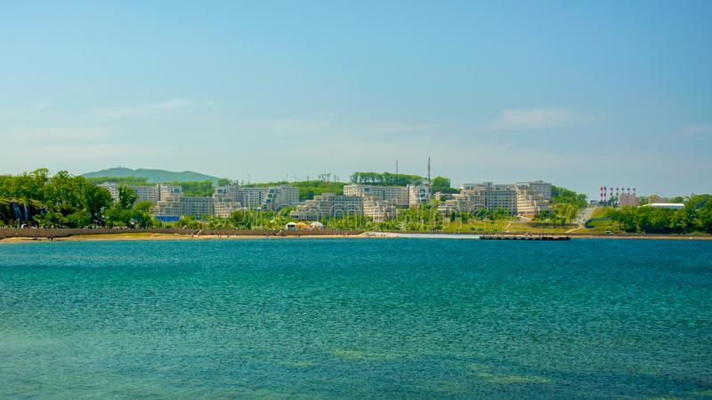 Campus auf der Insel, russische Ferner Osten Bundesuniversität-cc$fefu, stockbilder